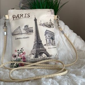 Paris Crossbody with removable Strap